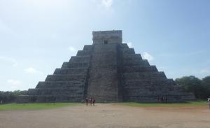 el Castilo, the main pyramid at Chichen Itza