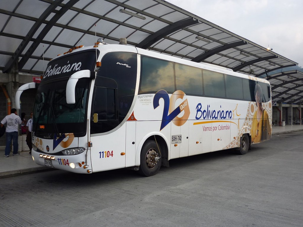 Wikimedia picture of a Bolivariano bus