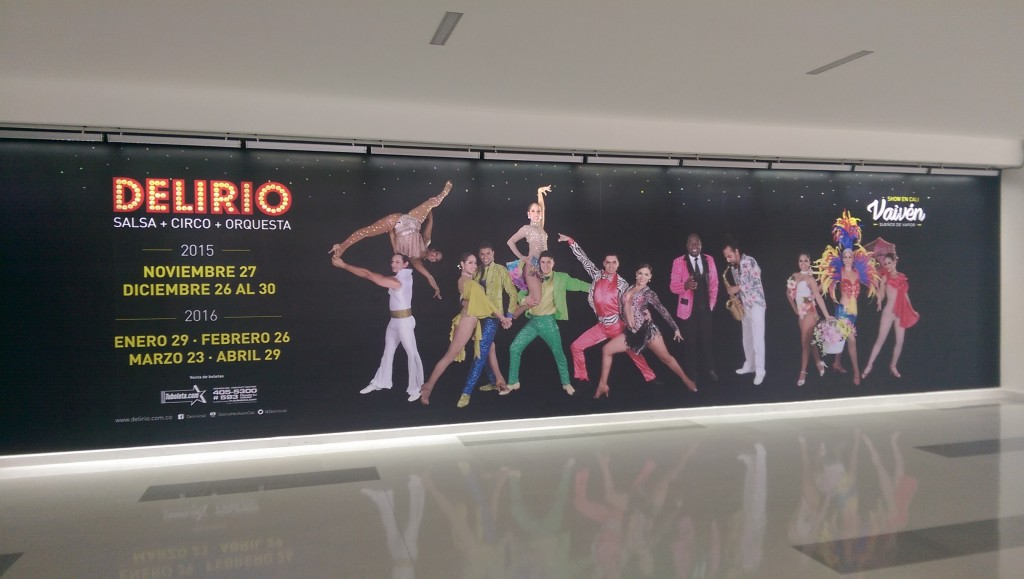 Poster at Palmira airport advertising a salsa circus