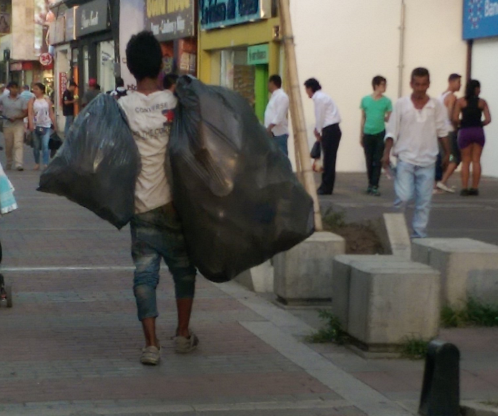 Rubbish collector on Trinidad in Palmira